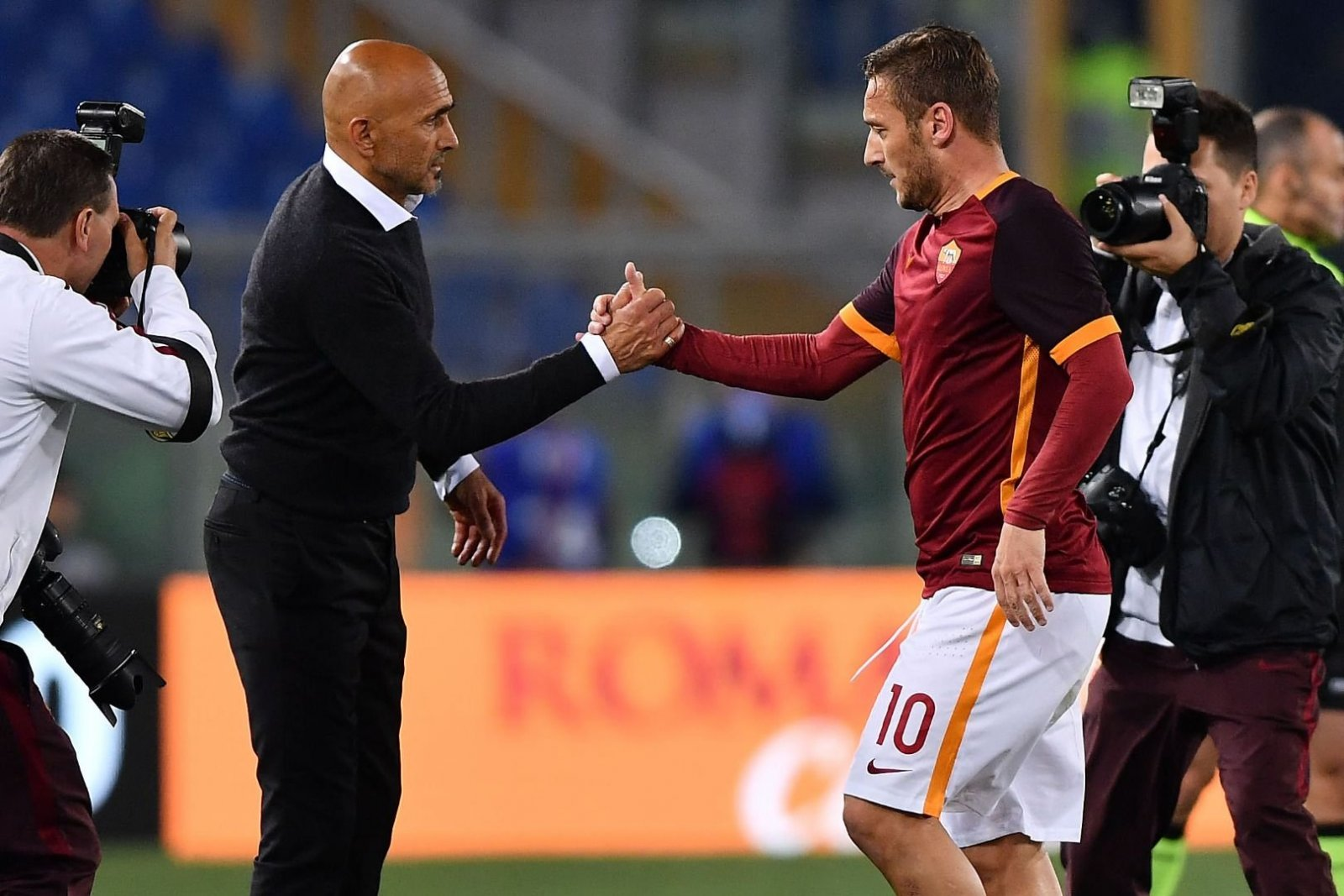 Inter coach Spalletti continues feud with Roma and Totti